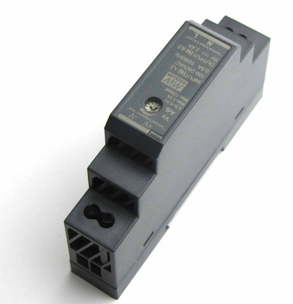 DIN Rail power supply Kit 5V 2,4A Micro USB angled connector